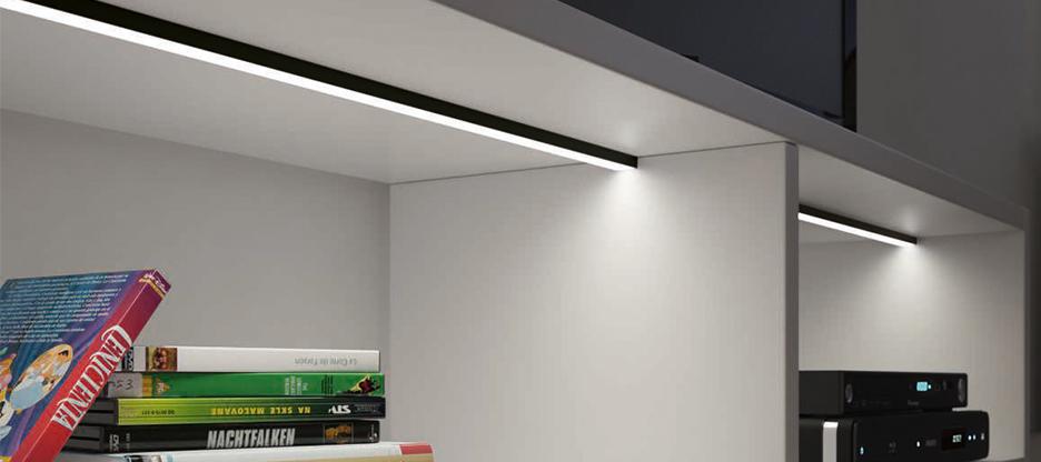 Nouveauté: HALEMEIER profils de LED en éloxé noir