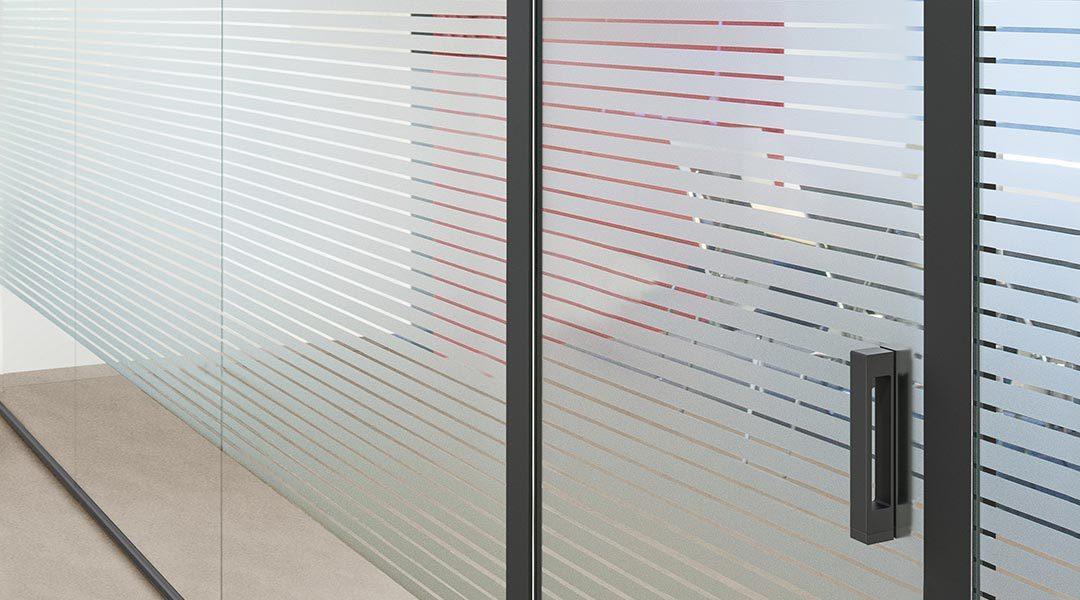 TECTUS verre – le système de ferrements à fleur pour portes entièrement en verre